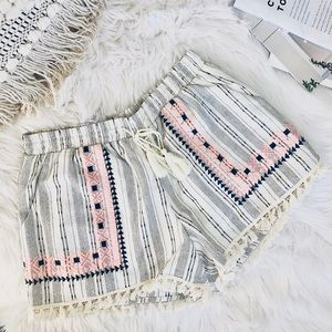 Anthropologie patterned and threaded shorts